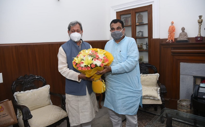 Chief Minister meets Union Road Transport Minister in New Delhi.