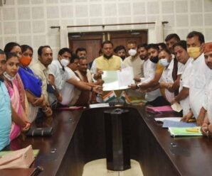Representatives of the Block Head Board of Directors met CM Dhami.